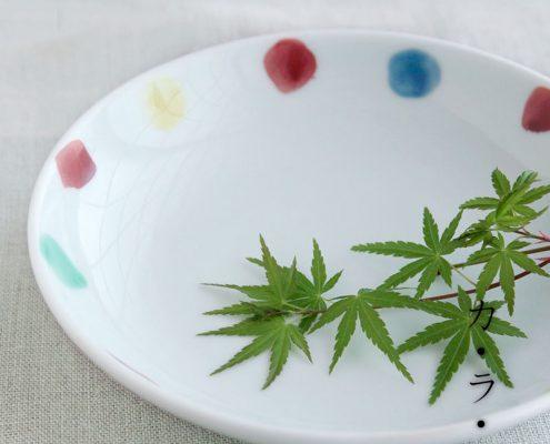 色点文4.5寸皿・古川章蔵