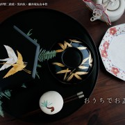 双鶴紋箔絵正亀甲型二段重・黒内朱・藤井収&山本哲