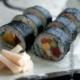 辻村塊さんから最後のご案内は、こちらは粉引の大皿です。
